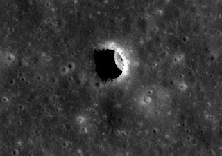 underground tunnel complexes found on the moon