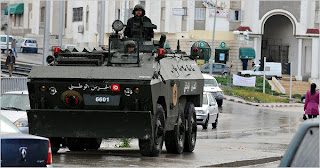 mayhem spreads in tunisia as curfew decreed