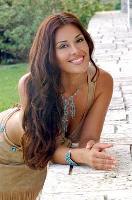 Hot Bolivian Women