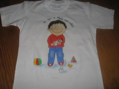 T-shirt pintada á mão:sou o mano mais velho