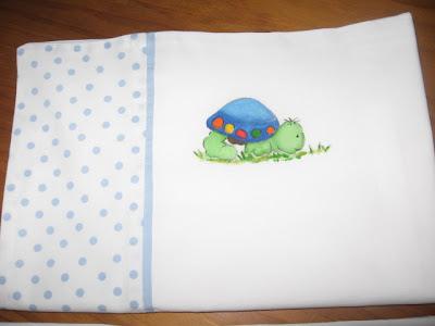 lençol de bébé pintado á mão