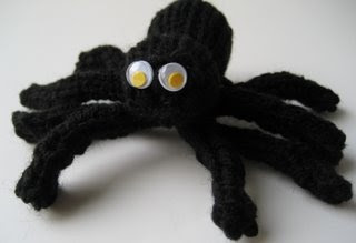 Knitted Spider