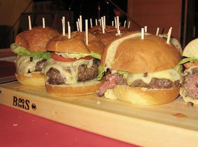 rouge burger at rachel ray's burger bash, february 2009