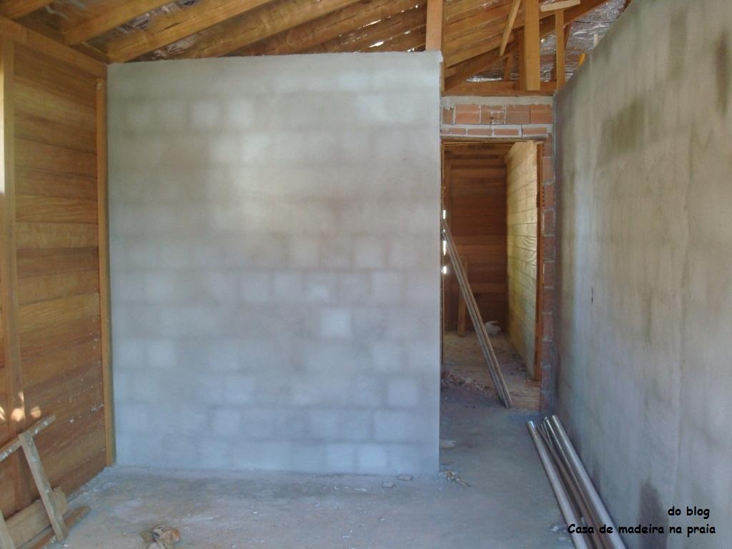 Casa de madeira na praia: Rebocando 20 de janeiro #66482C 1024x768
