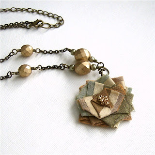 Cardinal House Studio New Style Rosa Necklace