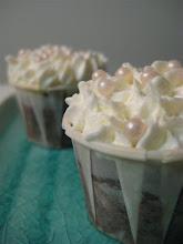 Vanilla Icing & pink sugar pearls chocolate cupcakes