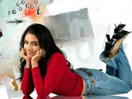 Tamil Actress Asin Latest Photo Gallery And Wallpapers ~ Hollywood & Bollywood Celebrity Wallpapers, News, Actress Gossip
