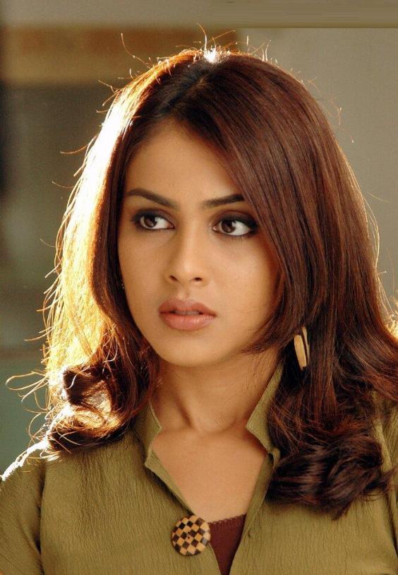 darna mana hai wallpapers. Genelia D'Souza Wallpapers, Bollywood Gossip & Biography, Photos