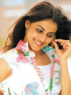 genelia+dsouza+alone+Wallpapers Genelia DSouza Wallpapers, Bollywood Gossip &amp; Biography, Photos