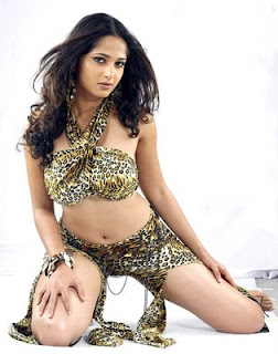 Hot Actress Anushka Shetty