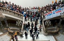 PROTESTA EN LA UNIVERSITAT