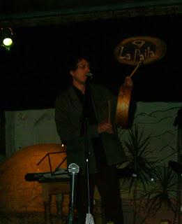 Federico cantando una vidala