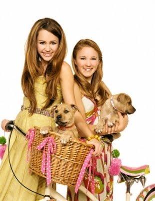 Emily Osment competirá en la música con Miley Cyrus Miley-and-emily-miley-cyrus-and-emily-osment-2025275-310-400