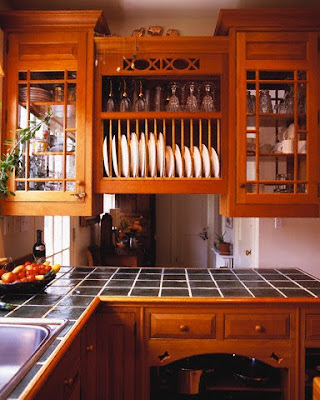 kitchen cabinet with plate rack