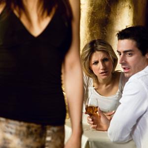 http://1.bp.blogspot.com/_HEgAcy2-S-k/TQxxOjbzYDI/AAAAAAAAACk/mrJYPLtKV_M/s1600/Men+Find+Other+Women+Attractive.jpg