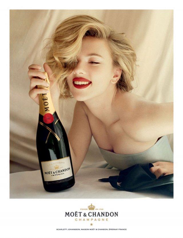 """Quelle valeur accorder à un jugement personnel ? Scarlett+Johansson+in+""""Moet+and+Chandon""""+2011+Ad+Campaign+%282%29"""