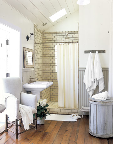 farmhouse life: decorating white.hhmmmm