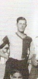 António Gralho foi um dos vários Gralhos que representaram o Farense nos anos 20,30 e 40. Este,avançado-centro,ainda jogou uma época no Sporting Clube de Portugal,os outros,Joaquim  Gralho,José Gralho,João Gralho(todos nos anos 20)e Jorge Gralho(anos 40),jogaram sempre no Farense,com excepção de Joaquim,que jogaria também vários anos no Olhanense.