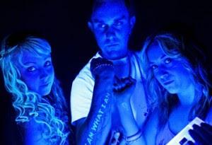 http://black-light-tattoo.blogspot.com/