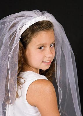 picture of First Communion in Fort Worth poses examples ideas for first communion portraits