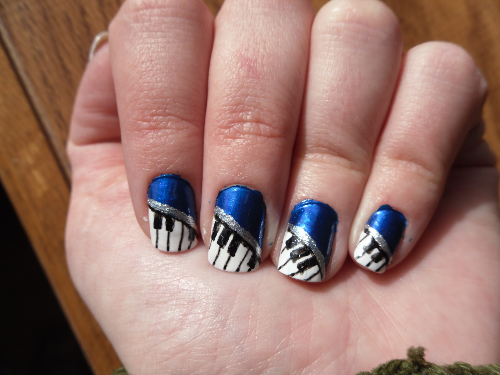 No Junk Nail: Piano Nails!