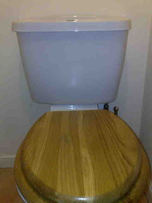 The Rubbish Diet: Compost \'n\' Toilet Seats