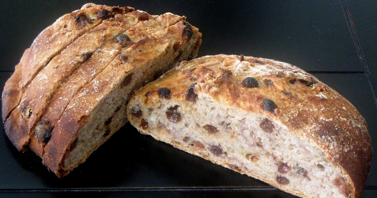 The Health Seekers Kitchen: Whole Wheat Raisin-Walnut Artisan Bread