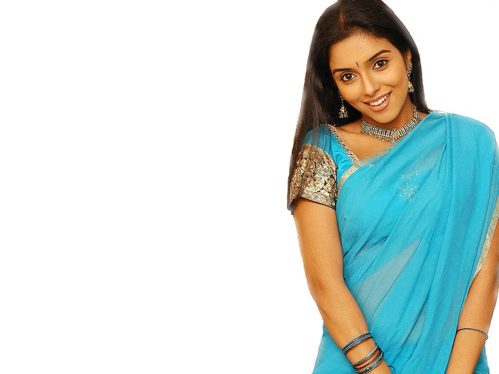 Tamil Actress Asin Biography ,Wallpaper and Hot Stills