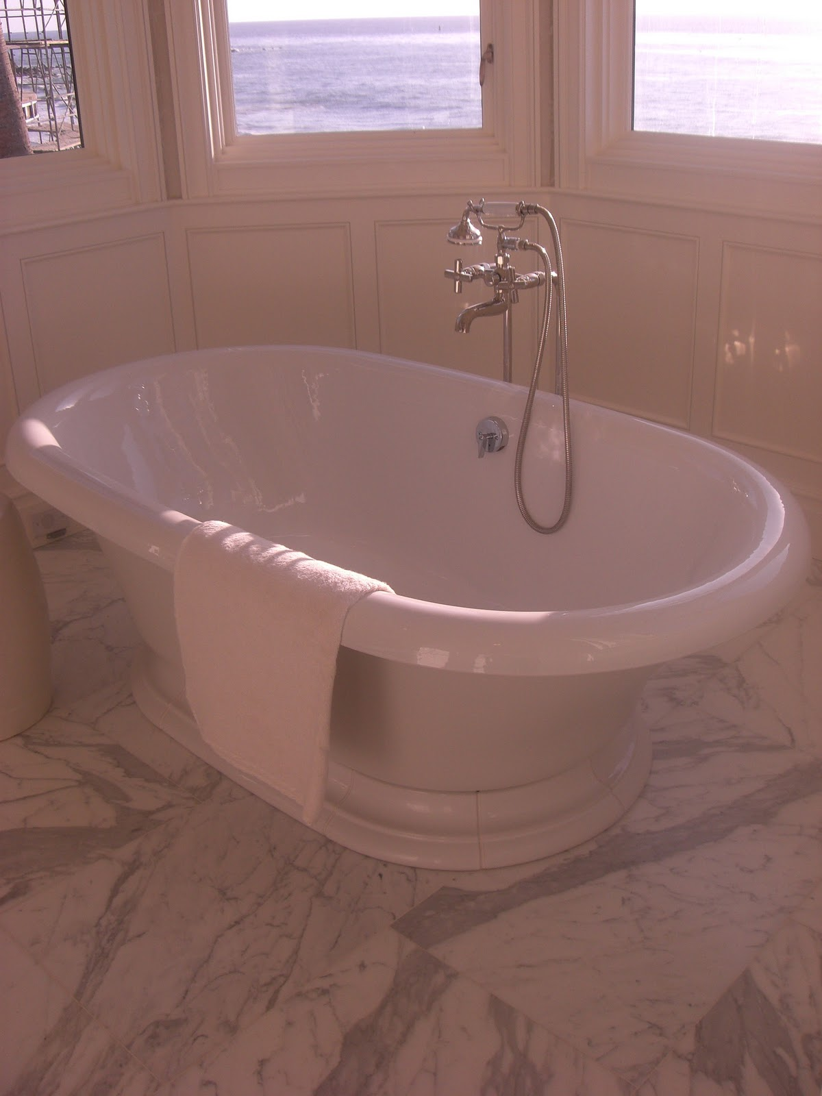 Freestanding tub with tub filler in master bathminus the pacific