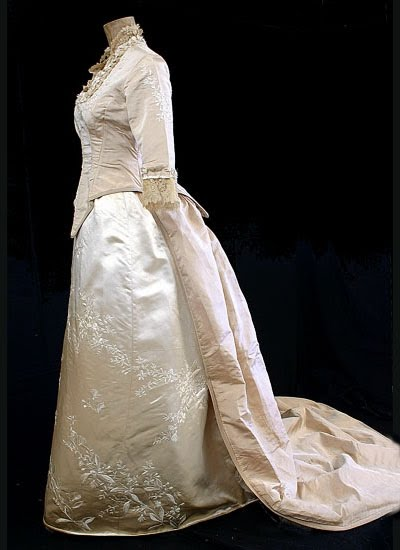 1860's Ball Gowns - Civil War Costumes, 19th Century and Victorian