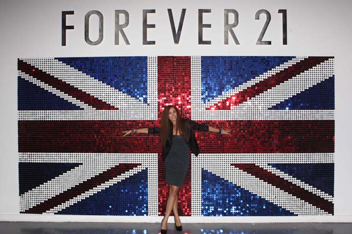forever 21 european launch events the persuaders. Black Bedroom Furniture Sets. Home Design Ideas