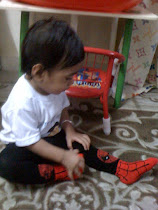 Ayish wearing spiderman legging