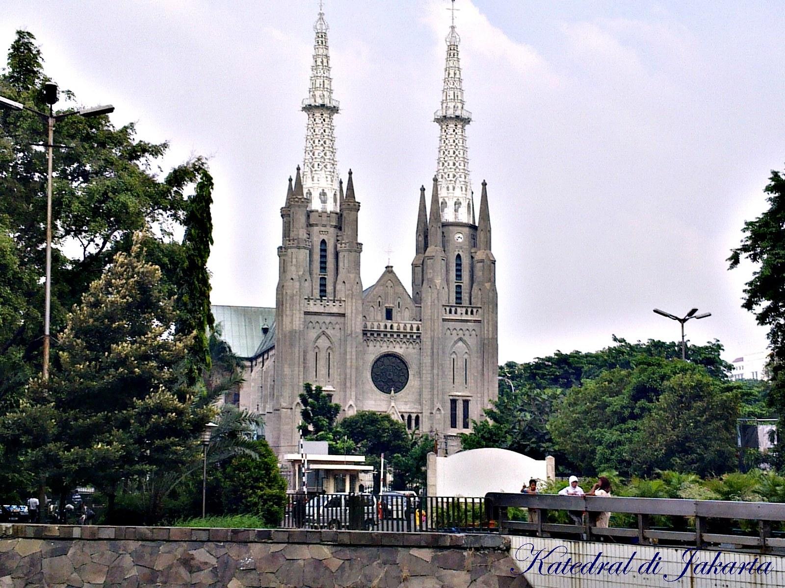 Gereja katedral jakarta - santa maria pelindung diangkat ke surga