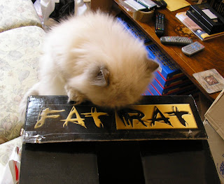 The cat sat on the fat rat.