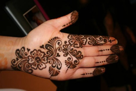 Pakmasti: Eid-mehndi-designs-2009-5-468x311