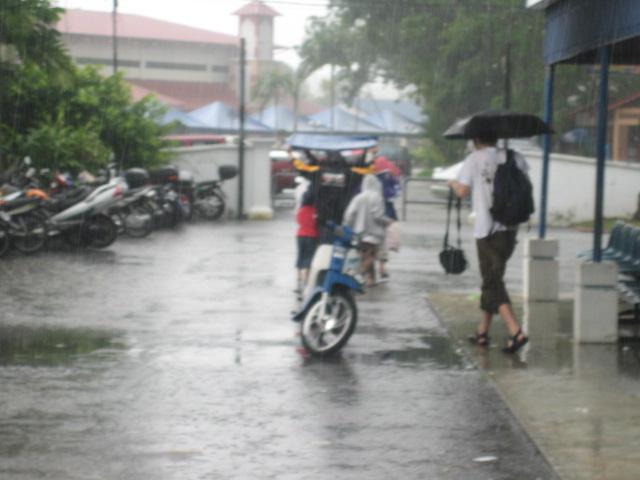hujan oh hujan