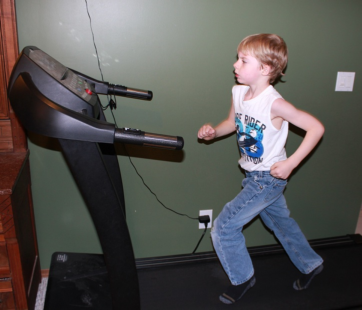 how to run barefoot on a treadmill