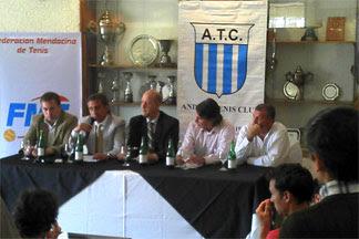 AAT en el Andino presentando el torneo ITF Seniors  G3