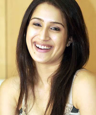 Beauty spot on the face of Sagarika Ghatge