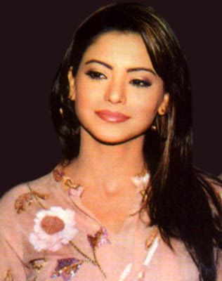 Know more about Aamna Sharif
