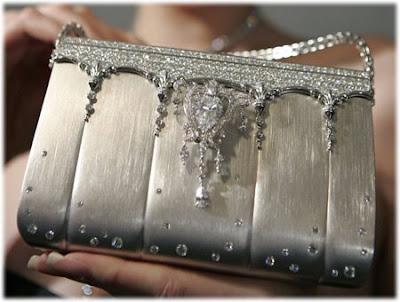 $1,63 Million Ginza Tanaka Diamond Studded Platinum Handbag