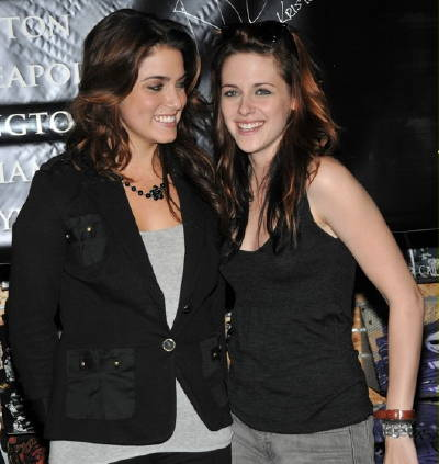 The director of the film is going to be Kristen's mother, Jules Stewart.