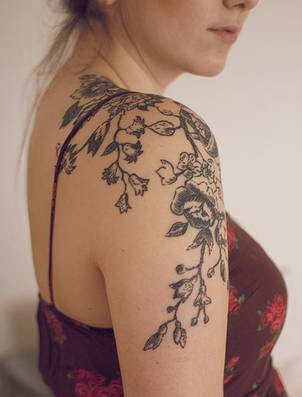 flower tattoo girls