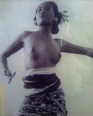 indonesia bali topless