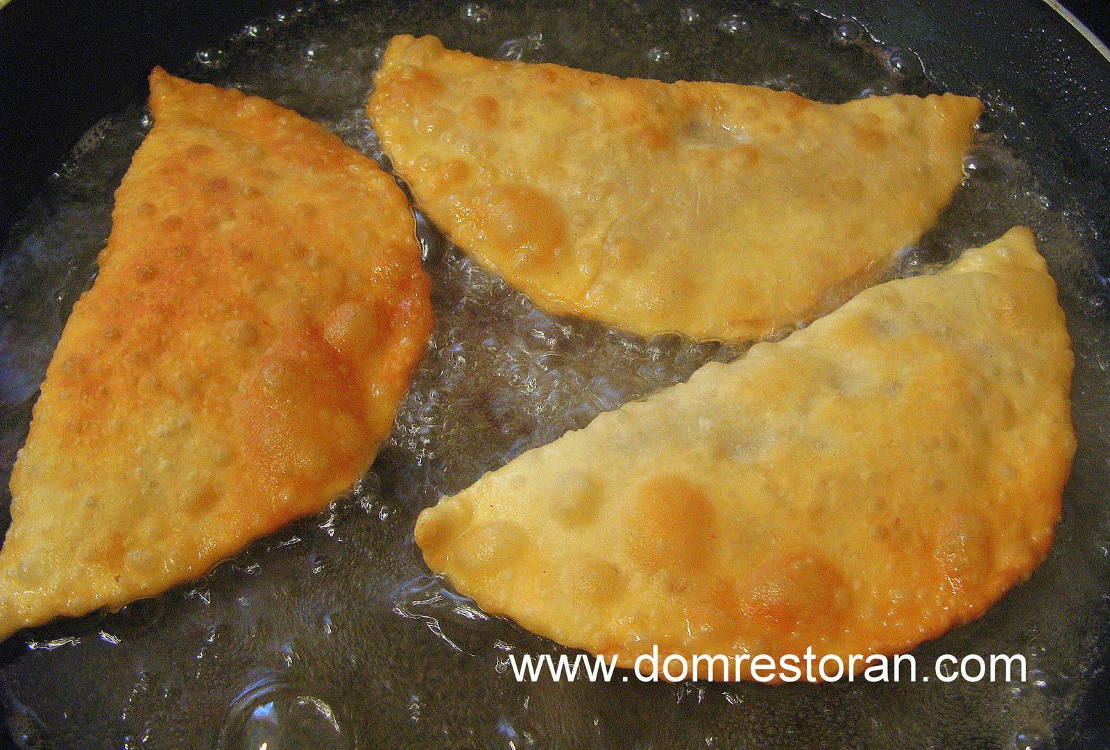 Тесто для чебуреков на воде рецепт пошагово хрустящие