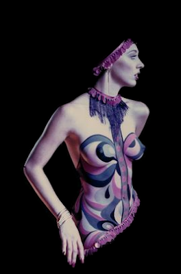 Femmes peintes Image+1