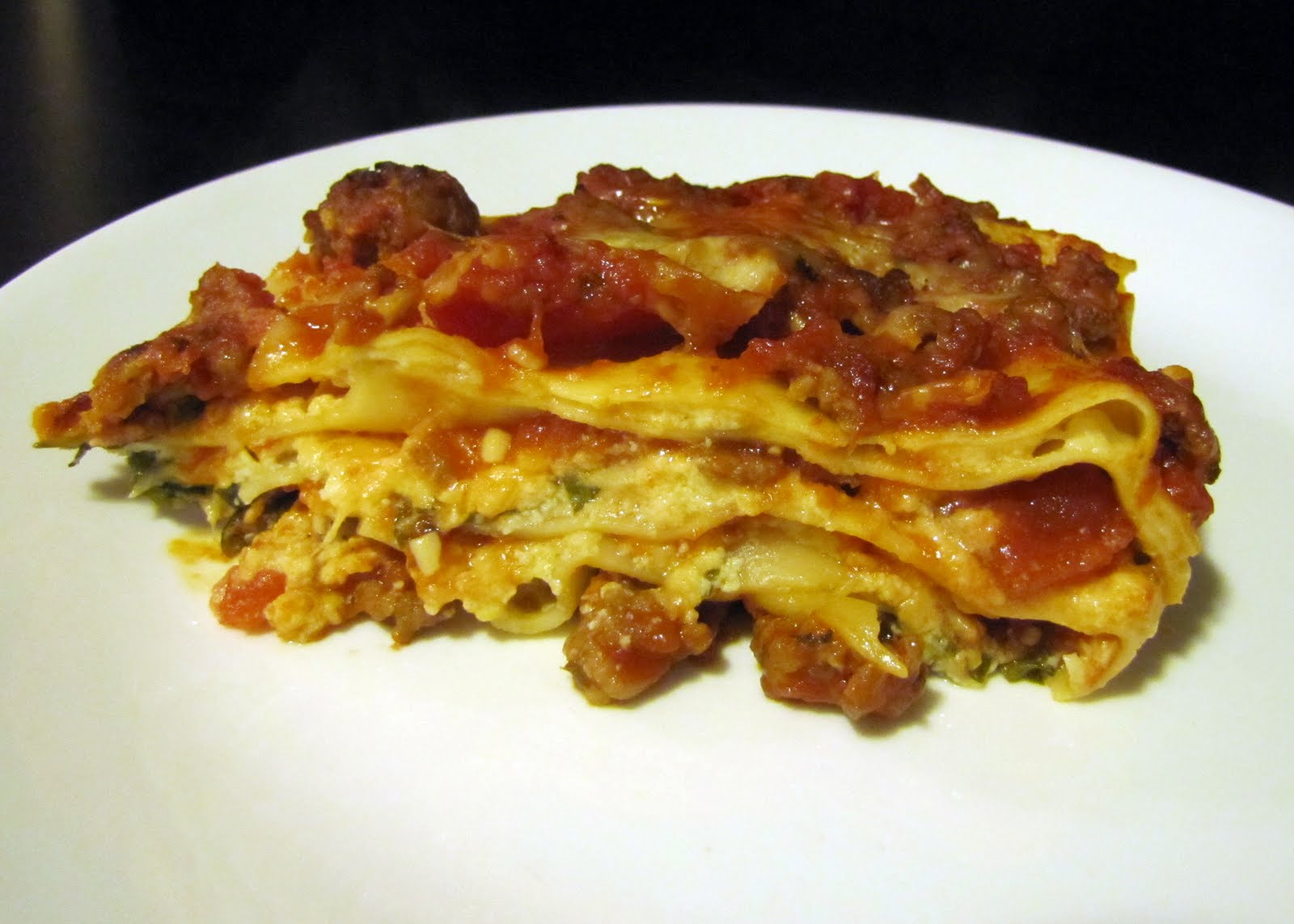... Sausage, Cheese and Basil Lasagna , this time with hot Italian sausage