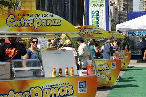 Un Mundo de Negocios Fabrica Carros para Alcaldia de Caracas