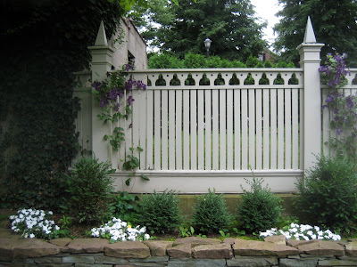 Site Blogspot  Garden Fencing Designs on Architect Design     Don T Fence Me In