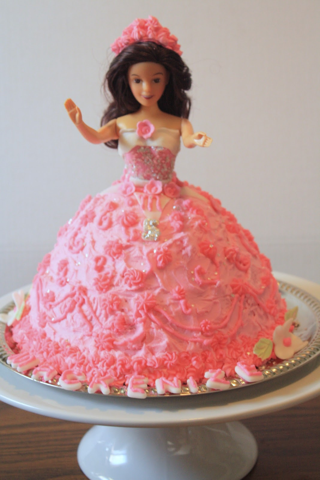Download Barbie Cake Images : Image Princess Doll Cake Download